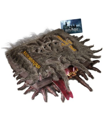 Harry Potter - Peluche Book of Monsters 30 x 36 cm (Livre des Monstres)