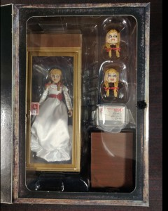 The Conjuring Universe - Figurine ultimate Annabelle 15 cm