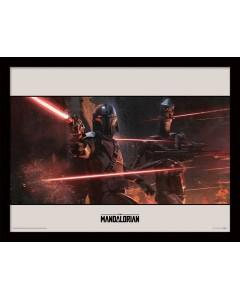 Star Wars : The Mandalorian - poster encadré Battle (30 x 40 cm)